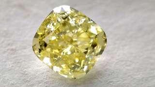 Gia 黃色鑽石