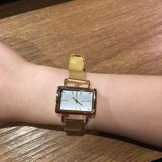 Niko and金色方形復古手錶