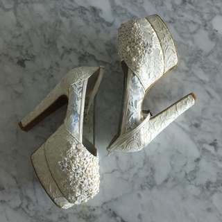 Donamici Shoes In White Lace Pearl