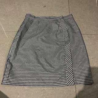 St paul university college skirt size 27-29