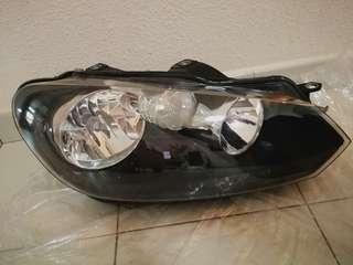 VW Golf MK6 08-12 Black Headlight Right Side (Hella)