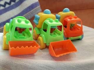 玩具車+玩沙