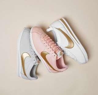 Nike women's sports shoes 3 colours