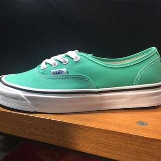 🚚 Vans-authentic-Anaheim
