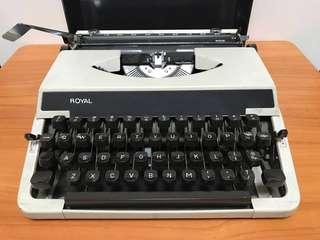 Royal Typewriter - Made In Germany