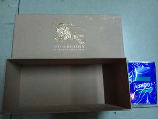 Burberry paper box 紙盒