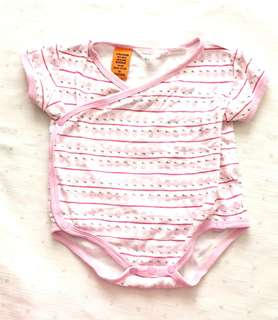 Charity Sale! Authentic Pumpkin Patch Strawberry Baby Onesie Size 6-12 months Baby girl Clothes