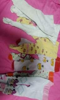 Newborn sockpants