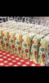Children birthday party goodies bag, goody bag gift, goodie bag packages or event door gift bag