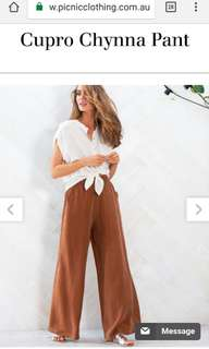 Wide leg pants size 6