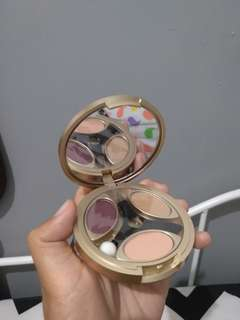 Eyeshadow sariayu