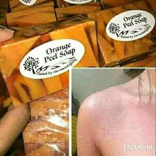 Le pure orange peel soap
