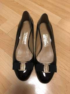 Ferragamo High-heels (reduce price)