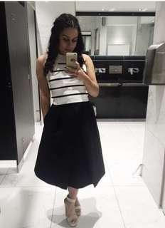 Black long skirt