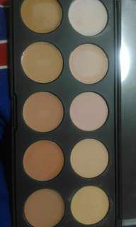 FOUNDATION AND CONCEALER BH COSMETIC