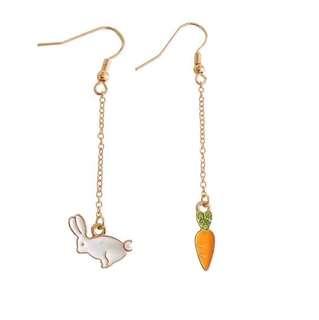 Ladies Korean Cute Rabbit Carrot Gold Chain Pendant Drop Earrings