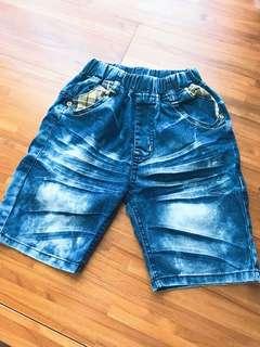 🚚 二手~男童短褲❤️(二手商品無退換喔)