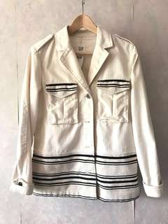 🈹New Gap white denim jacket 全新白色牛仔外套