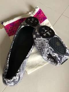 ⭐️維尼小舖⭐️ Tory Bruch~Minnie travel 系列折疊鞋
