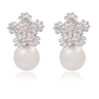 BN Pearl Crystal Earring