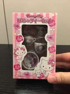 Hello Kitty mini tea set @2006