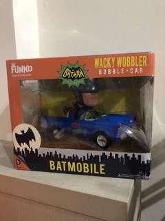 wacky wobbler Batman Bobble-Car