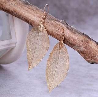 BN leaves gold earrings