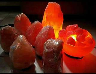 Natural cut Himalayan salt lamp
