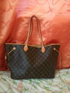 LV neverfull gm with serial no. authenticity not guaranteed