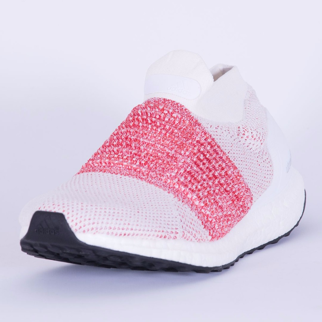 7309d026e0a2 Adidas Ultraboost Laceless Ftwr White Ftwr White Trace Scarlet BB6136