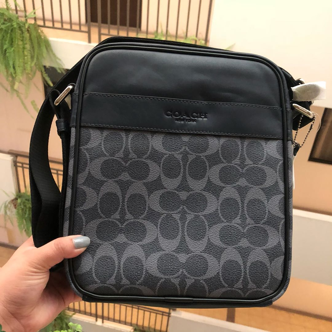 AUTHENTIC COACH BODY AND MESSENGER BAG