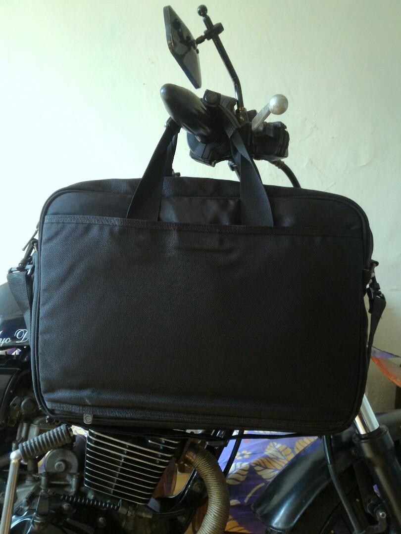 c57a8def9e Bismillah For sale Sling Bag Tas Selempang Timberland Original 3Slott +  Slott Laptop + Multi Slott Slide 👉 For Detail