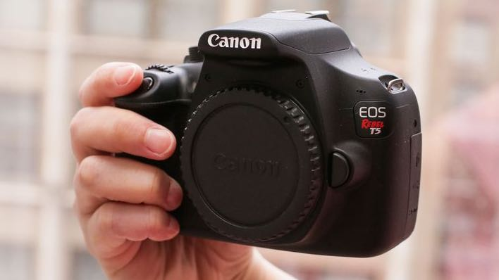 Canon Rebel t5 (body only)