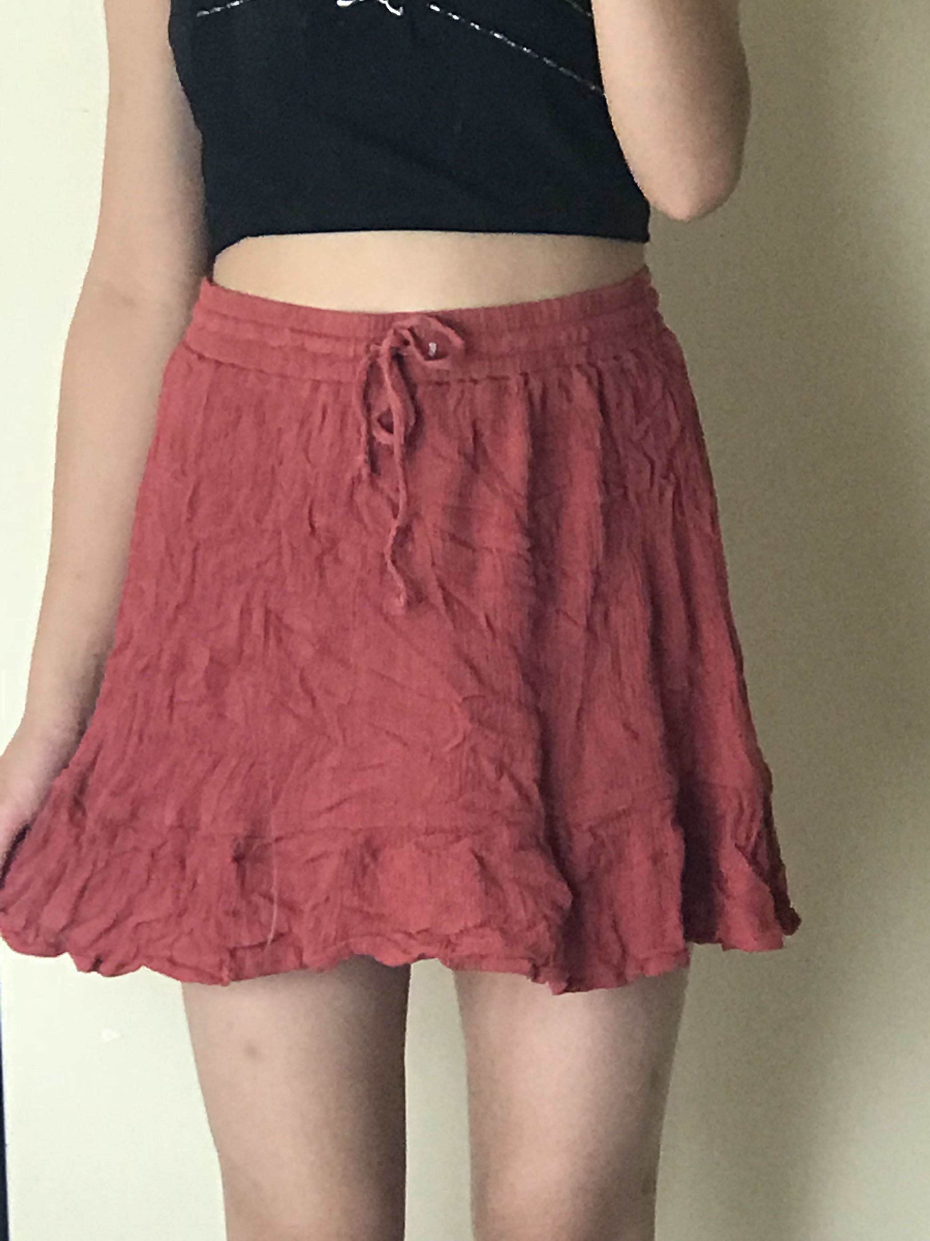 casual frilly Skirt
