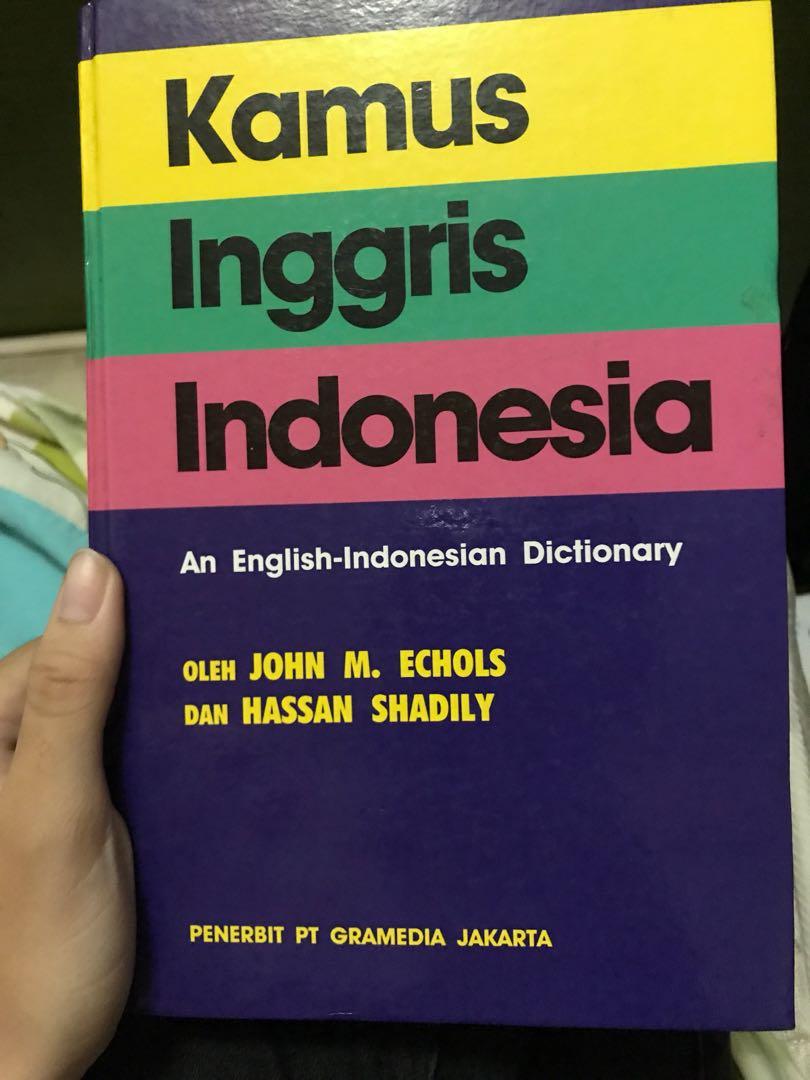 Kamus bahasa inggris indonesia buku alat tulis buku di carousell photo photo photo photo stopboris Choice Image