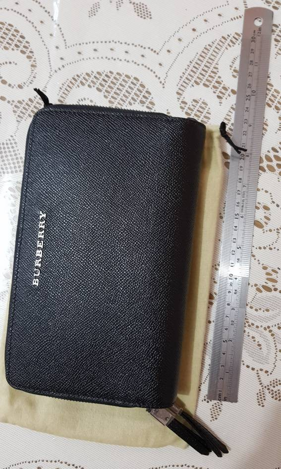 01dca456d23a Burberry Clutch Bag