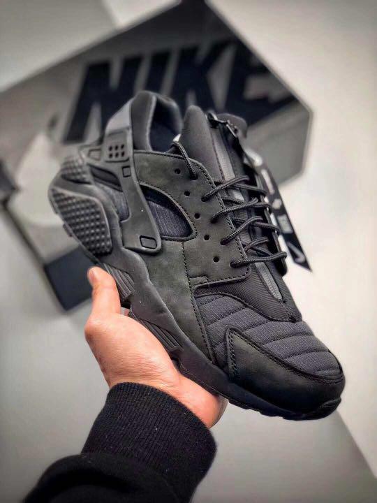 sale retailer c6c49 3b639 Nike Air Huarache Run QS NYC, Men s Fashion, Footwear on Carousell