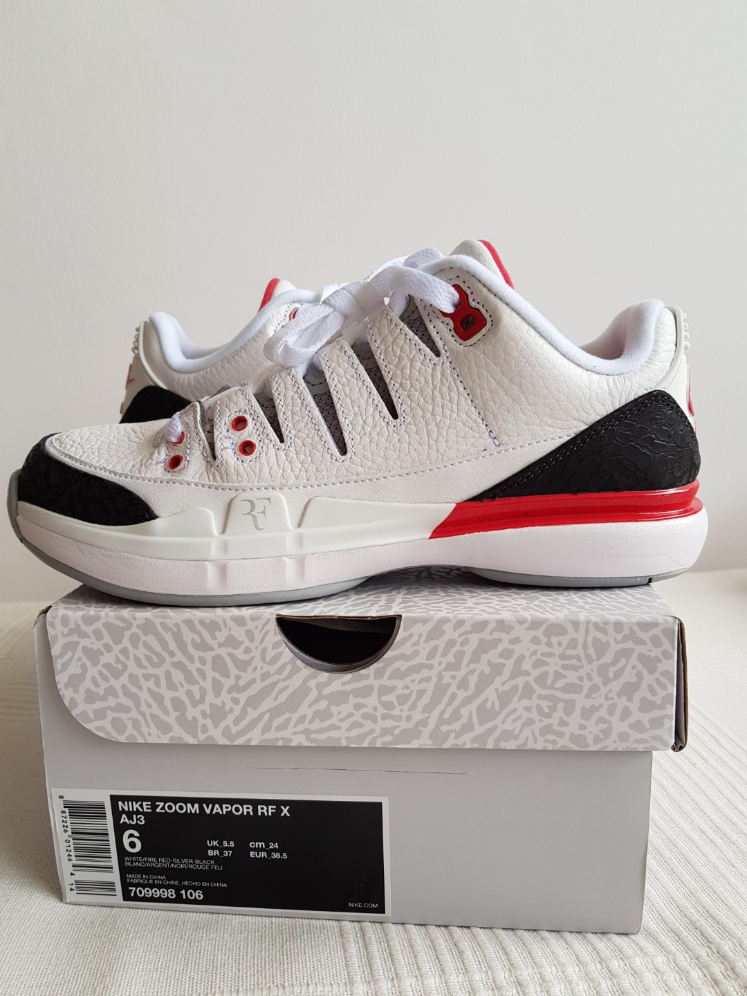 e6c1221ea0 NIKE ZOOM VAPOR RF X AJ3, Men's Fashion, Footwear, Sneakers on Carousell
