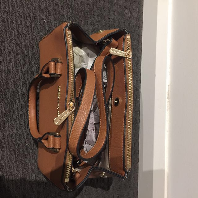 Replica Michael Kors Bag
