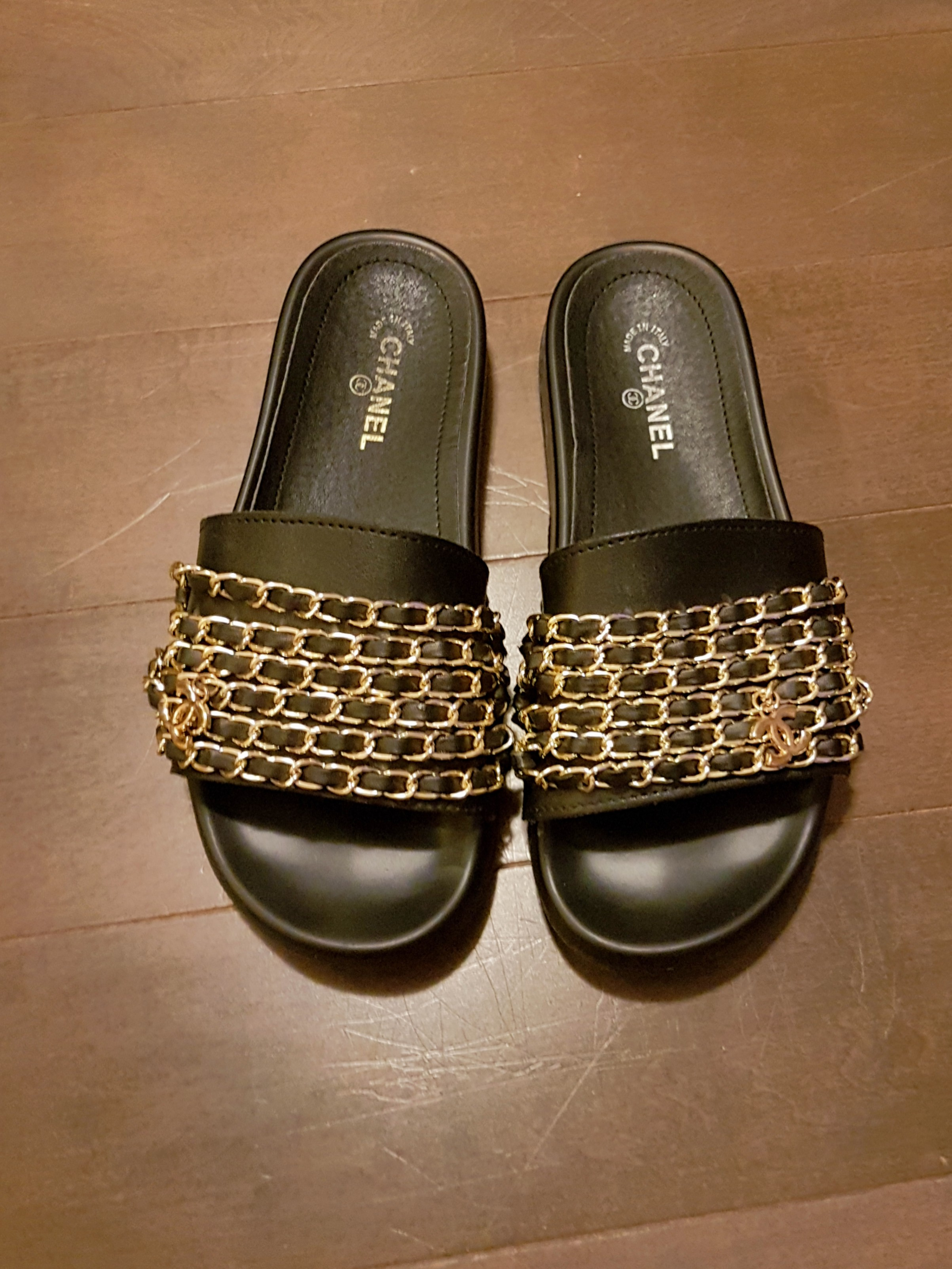 Slides with chains