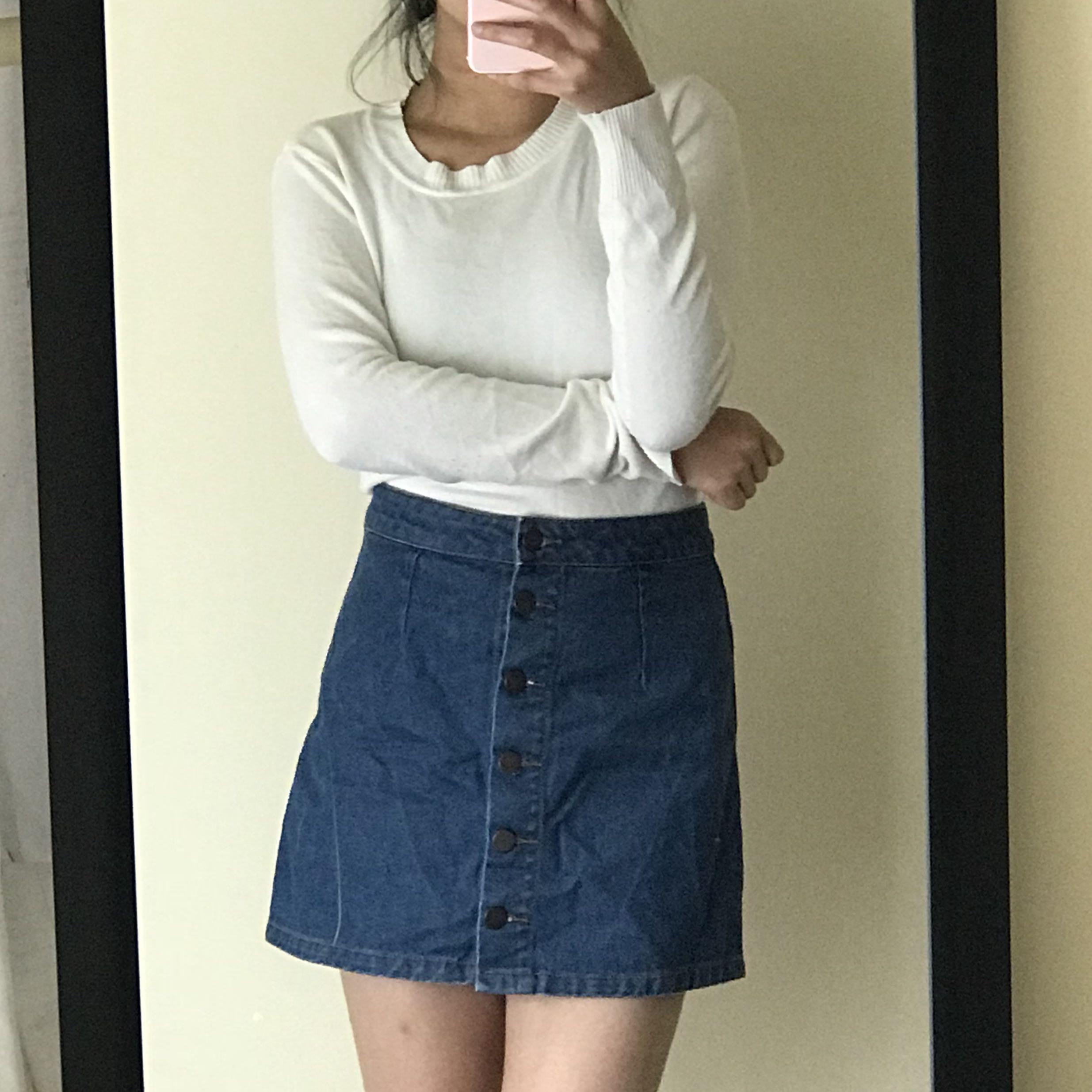 Thin White Knit Sweater