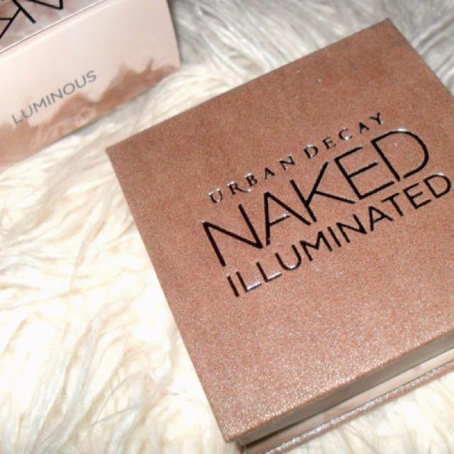 Urban decay naked illuminated naked highlighter