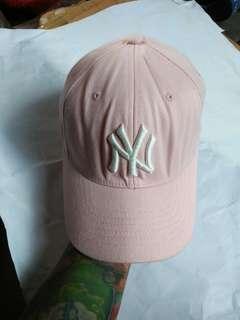 Topi MLB N.Y/New York Yankees U.S Patent Flexfit original Limited edition(Rare) Kondisi 95% sangat mulus,warna sangat pekat,bahan masih kaku
