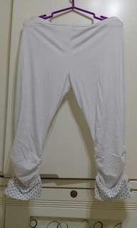 韓風激瘦七分褲 白色