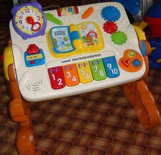Vtech learning table 2 in 1 Teddy activity table