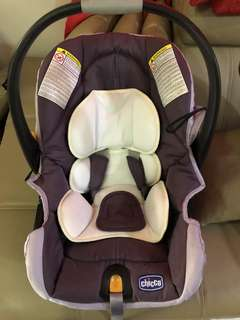 Chicco baby car seat