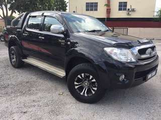 Toyota Hilux 2.5 Manual 4WD