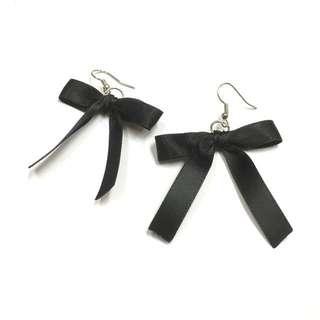 緞帶蝴蝶結耳環🎀