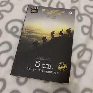 Novel 5cm Karya Donny Dhirgantoro