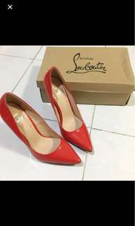 sale preloved louboutin heels mirror